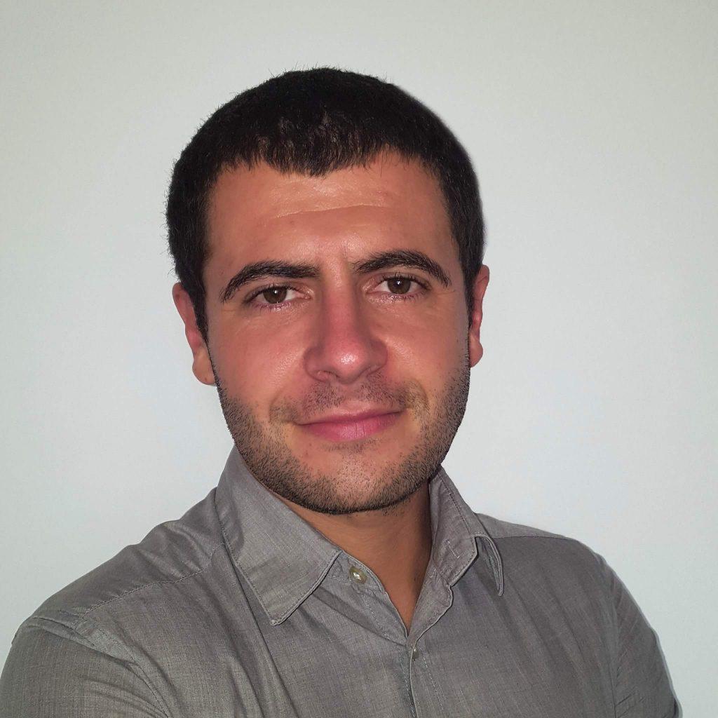 Cursant InvatamProgramare Ro - Marius Marinescu